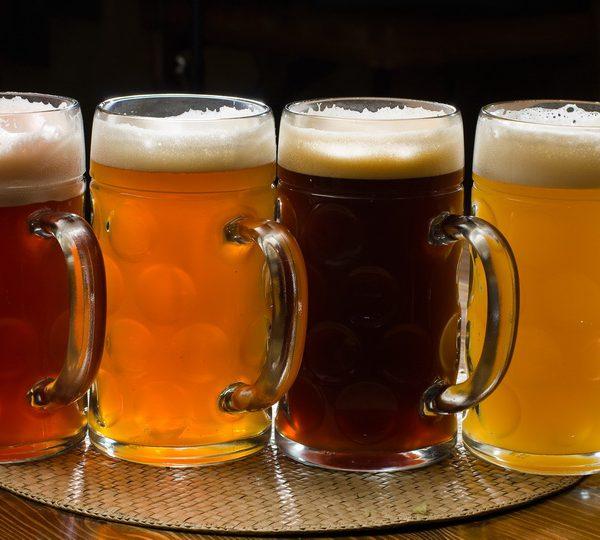 Разливное пиво, закуски, азовская тарань. BeerMarket в ТОЦ ДАРНИЦА.